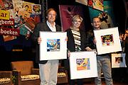 Presentatie van de Douwe Egberts Sinterklaasboeken in de Openbare Bibliotheek Amsterdam. <br /> <br /> Op de foto:  Schrijvers (VLNR) Ivo Niehe, prinses Laurentien en Najib Amhali