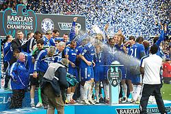 LONDON, ENGLAND - Sunday, May 9, 2010: Chelsea players celebrate winning the 2009/10 Premier League during the final Premiership match of the season at Stamford Bridge. (Pic by Gareth Davies/Propaganda)