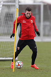 09.01.2015, SGL Arena, Augsburg, GER, 1. FBL, FC Augsburg, Training, im Bild Pierre-Emile Hoejbjerg #19 (FC Augsburg) beim ersten Training // during a trainings session of German Bundesliga Club FC Augsburg at the SGL Arena in Augsburg, Germany on 2015/01/09. EXPA Pictures © 2015, PhotoCredit: EXPA/ Eibner-Pressefoto/ Kolbert<br /> <br /> *****ATTENTION - OUT of GER*****
