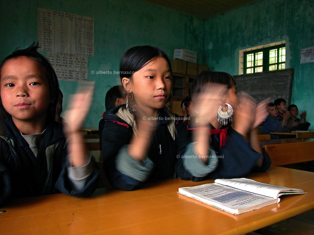 Vietnam, Sapa :children of... minorities at school.