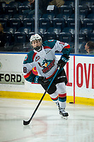 KELOWNA, CANADA - FEBRUARY 6: Steel Quiring #18 of the Kelowna Rockets warms up against the Spokane Chiefs  on February 6, 2019 at Prospera Place in Kelowna, British Columbia, Canada.  (Photo by Marissa Baecker/Shoot the Breeze)