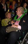 Colleen toomey and John Mortimer, Kathy Lette book launch, Savoy, swimming pool 12 November 2003. © Copyright Photograph by Dafydd Jones 66 Stockwell Park Rd. London SW9 0DA Tel 020 7733 0108 www.dafjones.com
