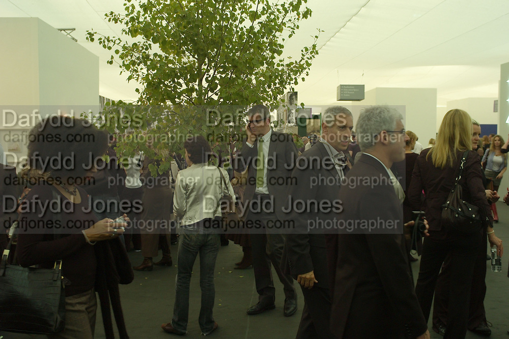 JAY JOPLING, Opening of the Frieze Art Fair. Regents Park. London. 10 October 2007. -DO NOT ARCHIVE-© Copyright Photograph by Dafydd Jones. 248 Clapham Rd. London SW9 0PZ. Tel 0207 820 0771. www.dafjones.com.