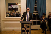 HENRY PORTER; YASMIN ALIBHAI-BROWN, Vanity Fair, Baroness Helena Kennedy QC and Henry Porter launch ' The Convention on Modern Liberty'. The Foreign Press Association. Carlton House Terrace. London. 15 January 2009 *** Local Caption *** -DO NOT ARCHIVE-© Copyright Photograph by Dafydd Jones. 248 Clapham Rd. London SW9 0PZ. Tel 0207 820 0771. www.dafjones.com.<br /> HENRY PORTER; YASMIN ALIBHAI-BROWN, Vanity Fair, Baroness Helena Kennedy QC and Henry Porter launch ' The Convention on Modern Liberty'. The Foreign Press Association. Carlton House Terrace. London. 15 January 2009