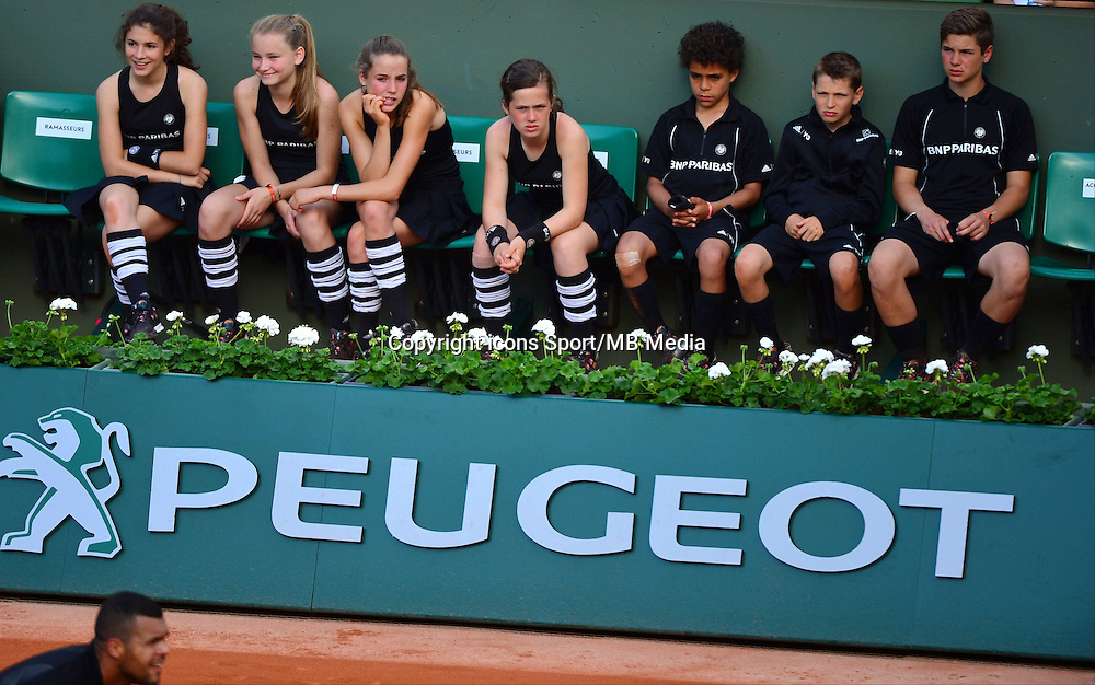Ramasseurs de balles - 24.05.2015 - Jour 1 - Roland Garros 2015<br /> Photo : David Winter / Icon Sport