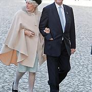 BEL/Brussel/20101120 - Huwelijk prinses Annemarie de Bourbon de Parme-Gualtherie van Weezel en bruidegom Carlos de Borbon de Parme, Laurens Jan Brinkhorst en partner