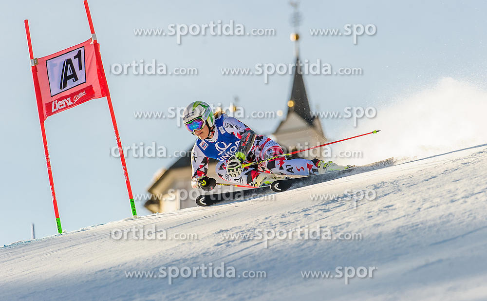 28.12.2015, Hochstein, Lienz, AUT, FIS Ski Weltcup, Lienz, Riesenslalom, Damen, 1. Durchgang, im Bild Ramona Siebenhofer (AUT) // Ramona Siebenhofer of Austria during 1st run of ladies Giant Slalom of the Lienz FIS Ski Alpine World Cup at the Hochstein in Lienz, Austria on 2015/12/28. EXPA Pictures © 2015, PhotoCredit: EXPA/ Michael Gruber