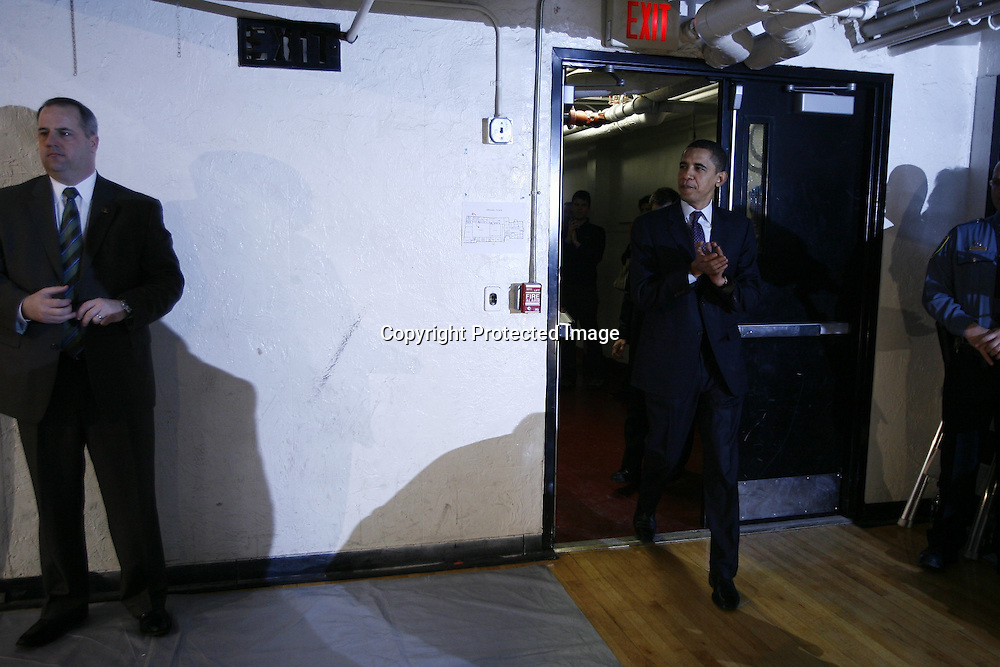 U.S. Democratic Presidential candidate Senator Barack Obama (D-IL) arrives for  a campaign stop in Claremont, New Hampshire January 7, 2008.