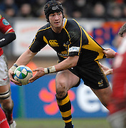 Wycombe, GREAT BRITAIN, Wasps, Danny CIPRIANI, waiting to release the ball, during the Heineken Cup game Wasps vs Llanelli Scarlets, at Adams Park Stadium, Bucks, 13.01.2008 [Photo, Peter Spurrier/Intersport-images]
