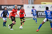 Fotball<br /> 5.11.2017<br /> Obos Ligaen<br /> Åsane - Start<br /> Conor Stephen O`Brien (L) , Tobias Christensen (2R) og Damion Onandi Lowe (R) , Start<br /> Geir Andre Herrem (4R) og Erik Huseklepp (3R) , Åsane<br /> Foto: Astrid M. Nordhaug, Digitalsport
