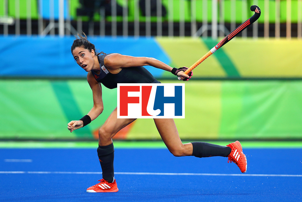 RIO DE JANEIRO, BRAZIL - AUGUST 19:  Naomi van As #18 of Netherlands in action during the Women's Gold Medal Match against Great Britain on Day 14 of the Rio 2016 Olympic Games at the Olympic Hockey Centre on August 19, 2016 in Rio de Janeiro, Brazil.  (Photo by Tom Pennington/Getty Images)