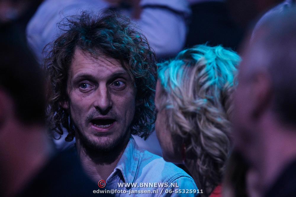 NLD/Amsterdam/20120412 - Uitreiking 3FM Awards 2012, Ivo Maissan, partner Jacqueline Govaert en haar zus