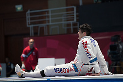 JAKARTA, Aug. 19, 2018  Park Sangyoung of South Korea calls for a halt during Men's Epee Individual Gold Medal Bout of the 18th Asian Games in Jakarta, Indonesia, Aug. 19, 2018. (Credit Image: © Zhu Wei/Xinhua via ZUMA Wire)