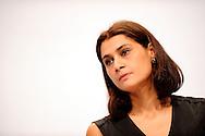 """Cindy Leoni presidente de SOS Racisme lors du forum """"La République face aux extrémismes"""" organisé a l'initiative du parti socialiste et de son Premier secrétaire Harlem Désir, animé par David Assouline porte-parole du Parti Socialiste, le 05 octobre 2013 au gymnase Japy."""