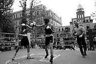 Roma 29 Aprile 2006.Torneo di pugilato in memoria del pugile Nuvoloni in Piazza D. Sauli alla Garbatella.La Pace Daniele (Team Boxe RMXI) vs Campori (Ravenna)