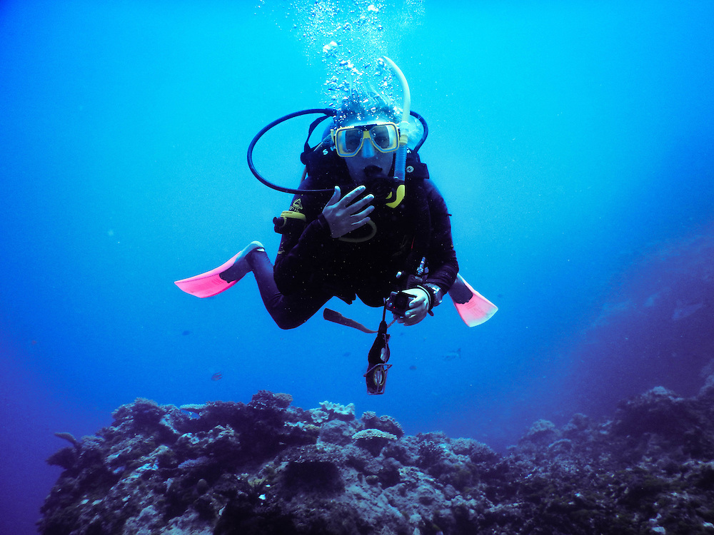 Great Barrier Reef, scuba diver