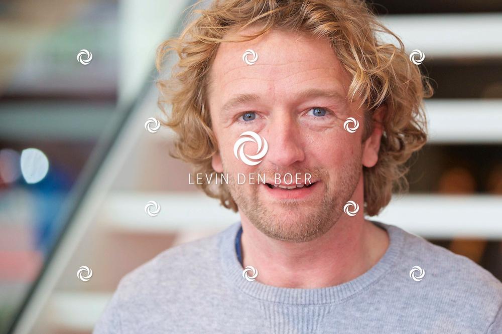 HILVERSUM - In de nieuwste JT bioscoop te Hilversum heeft RTL5 een perspresentatie gegeven over het nieuwe programma 'Foute Vrienden'. Met hier op de foto  Pepijn Gunneweg. FOTO LEVIN DEN BOER - KWALITEITFOTO.NL