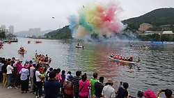 June 15, 2018 - Dalian, Dalian, China - Dalian, CHINA-15th June 2018: Rehearsal of dragon race is held in Dalian, northeast China's Liaoning Province, June 15th, 2018, preparing for the upcoming Dragon Boat Festival. (Credit Image: © SIPA Asia via ZUMA Wire)