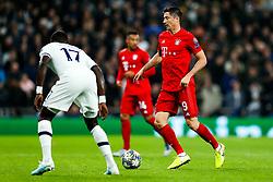 Robert Lewandowski of Bayern Munich is challenged by Moussa Sissoko of Tottenham Hotspur - Rogan/JMP - 01/10/2019 - FOOTBALL - Tottenham Hotspur Stadium - London, England - Tottenham Hotspur v Bayern Munich - UEFA Champions League Group B.