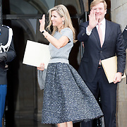NLD/Amsterdam/20151202 - Koninklijke Familie bij uitreiking Prins Claus Prijs 2015, aankomst Koning Willem - Alexander en Konining Maxima