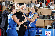 DESCRIZIONE : Valmiera Latvia Lettonia Eurobasket Women 2009 Italia Bielorussia Italy Belarus<br /> GIOCATORE : Raffaella Masciadri Chiara Pastore<br /> SQUADRA : Italia Italy<br /> EVENTO : Eurobasket Women 2009 Campionati Europei Donne 2009 <br /> GARA :  Italia Bielorussia Italy Belarus<br /> DATA : 09/06/2009 <br /> CATEGORIA : esultanza<br /> SPORT : Pallacanestro <br /> AUTORE : Agenzia Ciamillo-Castoria/E.Castoria