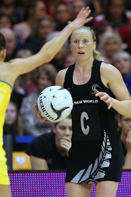 New Zealand's Laura Langman looks to pass the ball against Asutralia in the New World Netball Series match, SIT Zero Fees Velodrome, Invercargill, New Zealand, Sunday, September 15, 2013. Credit:SNPA / Dianne Manson.
