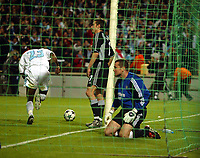 Photo: Scott Heavey, Digitalsport<br /> NORWAY ONLY<br /> <br /> Olimpique Marseille v Newcastle United. UEFA Cup Semi Final, Second Leg. 06/05/2004.<br /> Shay Given on his knees after Marseille go 2-0 ahead
