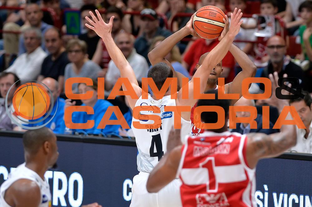Hickman Richard<br /> Olimpia EA7 Emporio Armani Milano vs Dolomiti Energia Trentino<br /> Lega Basket Serie A 2016/2017<br /> PlayOff semifinale gara 2<br /> Milano 27/05/2017<br /> Foto Ciamillo-Castoria / I.Mancini
