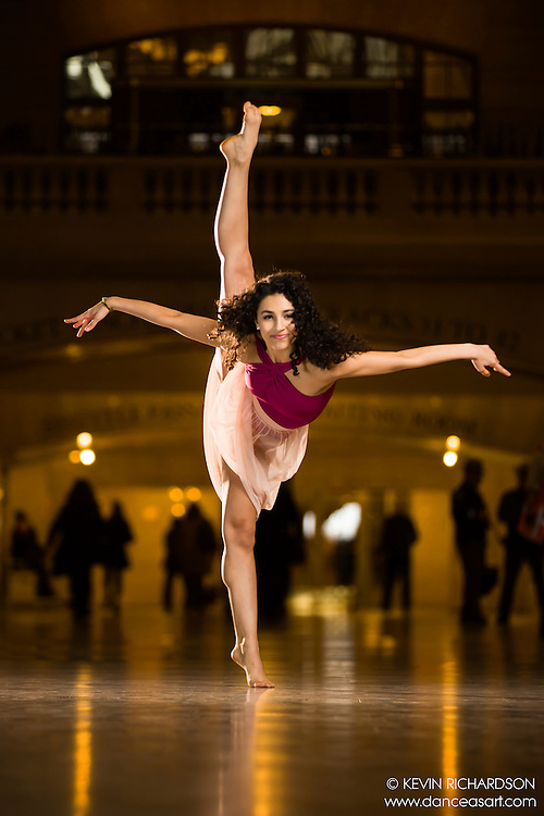 Dance As Art The New York Photography Project Grand Central Series with  Jaclyn Scerbak