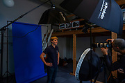 Teamleden van het tiende Human Power Team Delft en Amsterdam gaan in een studio op de foto. In september wil het Human Power Team Delft en Amsterdam, dat bestaat uit studenten van de TU Delft en de VU Amsterdam, tijdens de World Human Powered Speed Challenge in Nevada een poging doen het wereldrecord snelfietsen voor tandems te verbreken met de VeloX 10, een gestroomlijnde ligfiets. Het record staat sinds 2019 op 120,26 km/u<br /> <br /> Team members of the 10th Human Power Team having their portraits made in the studio. With the VeloX 10, a special recumbent bike, the Human Power Team Delft and Amsterdam, consisting of students of the TU Delft and the VU Amsterdam, also wants to set a new tandem world record cycling in September at the World Human Powered Speed Challenge in Nevada. The current speed record is 120,26 km/h, set in 2019.