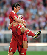 Fussball Bundesliga 2011/12: FC Bayern Muenchen - SC Freiburg
