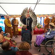Rencontre entre Moines des forêts et indiens Yawanawas d'Amazonie au Monsatère Bodhinyanarama.