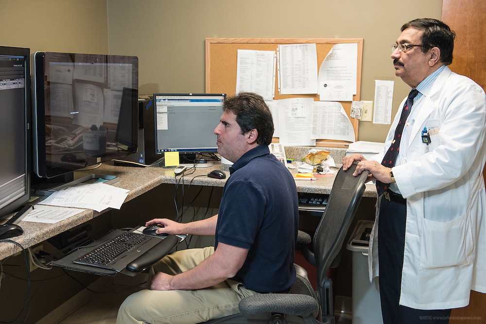 Dr. Shardan Radmanesh, left, and Lung Cancer Screening Program Pulmonologist Rajan Joshi, MD, photographed Wednesday, May 20, 2015, at Baptist Health in Richmond, Ky. (Photo by Brian Bohannon/Videobred for Baptist Health)