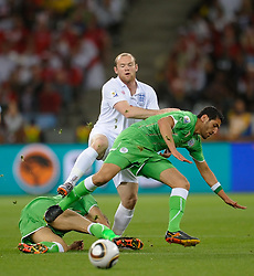 18.01.2010, Green Point Stadium, Cape Town, RSA, FIFA WM 2010, England (ENG) vs Algeria (ALG), im Bild Wayne Rooney of England in action. EXPA Pictures © 2010, PhotoCredit: EXPA/ IPS/ Marc Atkins / SPORTIDA PHOTO AGENCY