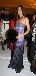ELIZABETH SALTZMAN at the Moet & Chandon Fashion Tribute 2005 to Matthew Williamson, held at Old Billingsgate, City of London on 16th February 2005.<br /><br />NON EXCLUSIVE - WORLD RIGHTS