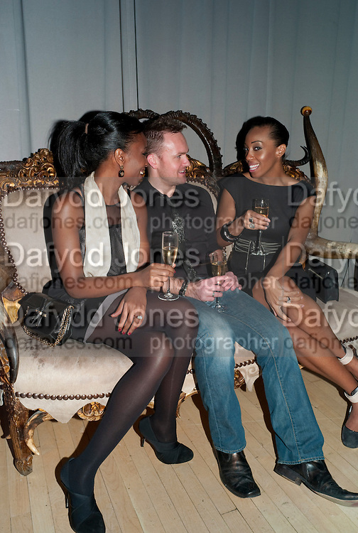 NADEZHDA ROBINSON; TOM MCCALL; QIANNA SMITH, Frieze week party at the Sanderson hotel hosted by Andrew Kreps Gallery and Anton Kern Gallery . Billiard Room at Sanderson. London. 16 October 2010. <br /> <br /> -DO NOT ARCHIVE-© Copyright Photograph by Dafydd Jones. 248 Clapham Rd. London SW9 0PZ. Tel 0207 820 0771. www.dafjones.com.