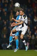 30-10-2015 VOETBAL:HERACLES ALMELO-WILLEM II:ALMELO<br /> <br /> Paul Gladon van Heracles Almeloin  duel met Dries Wuytens  van Willem II <br /> <br /> Foto: Geert van Erven