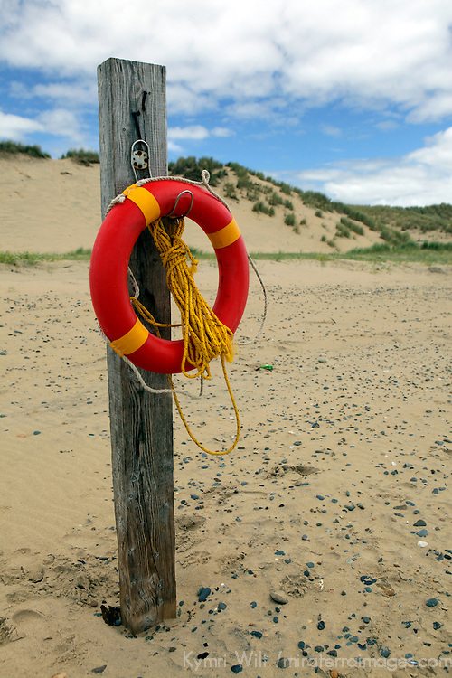 Europe, Ireland, Brittas Bay. Irish Life Preserver Ring at Brittas Bay.