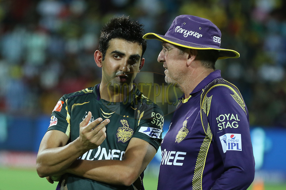KKR captain Gambhir with coach during match 28 of the Pepsi IPL 2015 (Indian Premier League) between The Chennai Superkings and The Kolkata Knight Riders held at the M. A. Chidambaram Stadium, Chennai Stadium in Chennai, India on the 28th April 2015.<br /> <br /> Photo by:  Saikat Das / SPORTZPICS / IPL