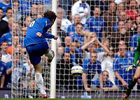 Photo: Daniel Hambury.<br />Chelsea v Manchester United. The Barclays Premiership. 29/04/2006.<br />Chelsea's Ricardo Carvalho scores his sides third goal.