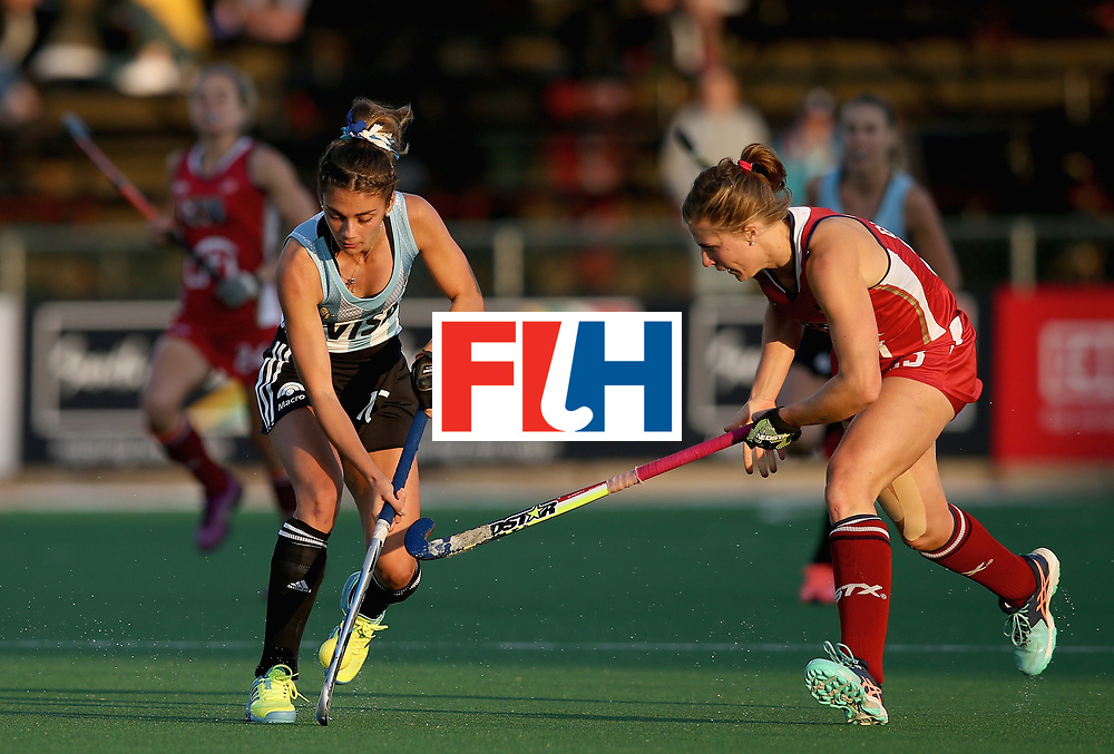 JOHANNESBURG, SOUTH AFRICA - JULY 14: Magdalena Fernandez of Argentina and Katelyn Ginolfi of the United States battle for possession during day 4 of the FIH Hockey World League Semi Finals Pool B match between the United States and Argentina at Wits University on July 14, 2017 in Johannesburg, South Africa. (Photo by Jan Kruger/Getty Images for FIH)