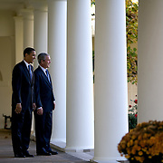 Pres. Bush and President-elect Barack Obama walk along the collonade of the White House Monday, November 11, 2008...Photo by Khue Bui