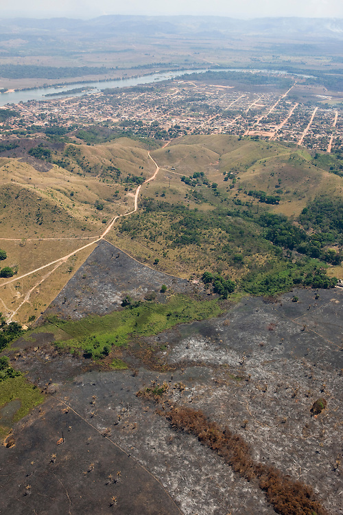 Aerial view of Sao Felix Do Xingu, town know for it's big logging operations in the 80's and 90's, and now home of some of the largets cattle herds in the country..Daniel Beltra/Greenpeace
