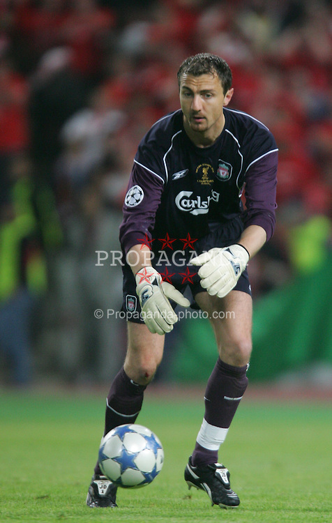 ISTANBUL, TURKEY - WEDNESDAY, MAY 25th, 2005: Liverpool's Jerzy Dudek in action against AC Milan during the UEFA Champions League Final at the Ataturk Olympic Stadium, Istanbul. (Pic by David Rawcliffe/Propaganda)