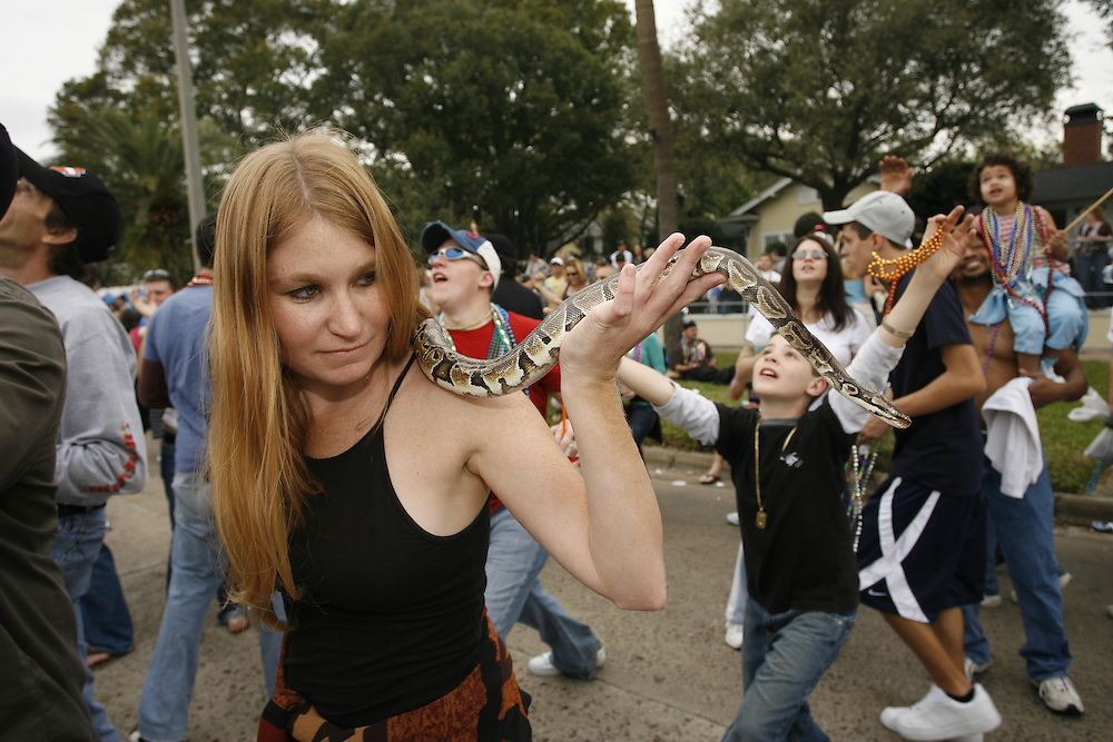 (TP_259343_LYTT_GASPAR)<br />  <br /> CAPTION:  (TAMPA, FL -- 01/27/2007)    (MELISSA LYTTLE   Times)   <br /> <br /> STORY SUMMARY:  The city of Tampa celebrates Gasparilla.  (MELISSA LYTTLE   Times)