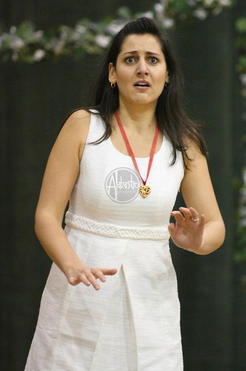 Maya Lahyani as Dorabella