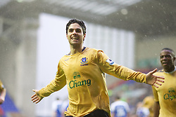 Wigan, England - Sunday, January 21, 2007: Everton's Mikel Arteta celebrates scoring the opening goal against Wigan Athletic from a penalty kick during the Premier League match at the JJB Stadium. (Pic by David Rawcliffe/Propaganda)