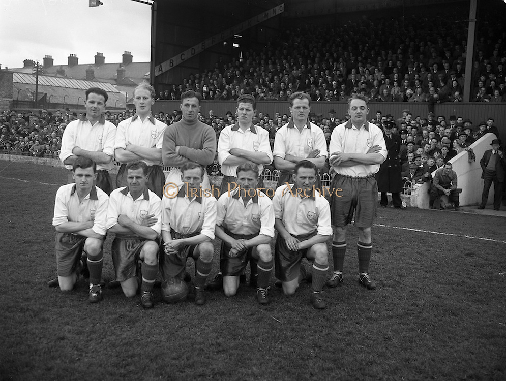 10/04/1955<br />