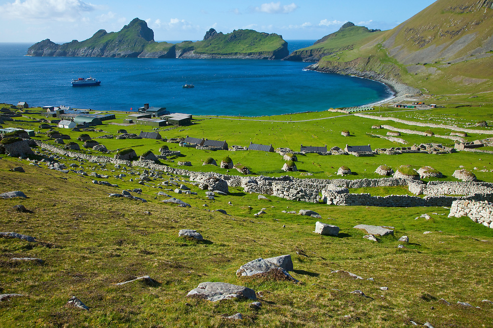 Pueblo de St. Kilda. Village Bay. Isla St. Kilda. Outer Hebrides. Scotland, UK