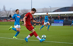 KIRKBY, ENGLAND - Wednesday, November 27, 2019: Liverpool's Neco Williams sets-up the third goal during the UEFA Youth League Group E match between Liverpool FC Under-19's and SSC Napoli Under-19's at the Liverpool Academy. (Pic by David Rawcliffe/Propaganda)